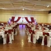 Hochzeitsdekoration für die perfekte Hochzeit, Festsaal