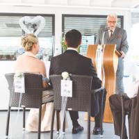 Theologe und freier Hochzeitsredner